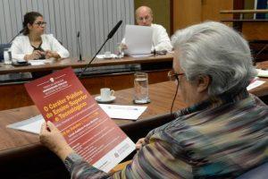 Nesta quarta-feira (05/10) a Frente Parlamentar se reuniu para organização do próximo evento. Foto: Marco Antonio Cardelino/Alesp